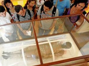 Múmia Kherima em exposição no Museu Nacional