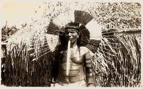 Cacique Uataú da tribo carajá na Ilha do Bananal, Goiás.