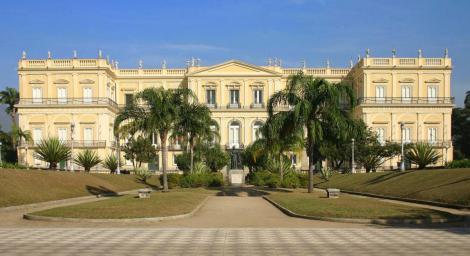 Fachada-Museu-Nacional-alta-qualidade
